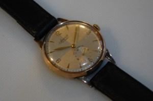1954 Accurist 9k gold men's watch