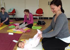 birthzang mum baby yoga reading 4