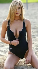 blackswimsuit-4