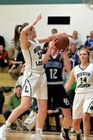 girls-varsity-basketball-bishop-ludden