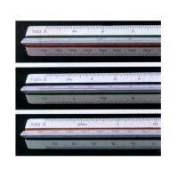 STANDARTGRAPH – Règle de réduction triangulaire – 30 cm