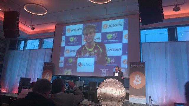 Antoine Viterale in videoconferenza con Eric Alexandre, fondatore di Jetcoin, presso l'Inside Bitcoin London