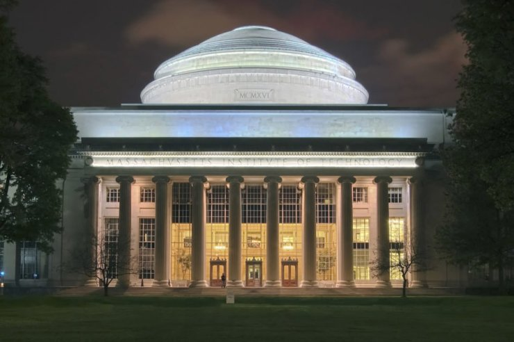 MIT blockchain diploma