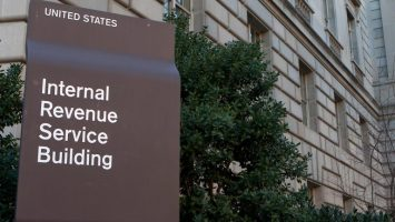 US Representatives 'Urge' the IRS to Clarify Cryptocurrency Tax Guidance 2