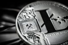 """Litecoin's Charlie Lee Sparks Twitter Battle Over """"Bitcoin Extremists"""" 7"""