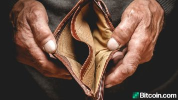man loses life savings to phony bitcoin ios app over a million dollars in btc drained 768x432 1