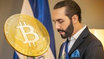 el salvador 700 bitcoins