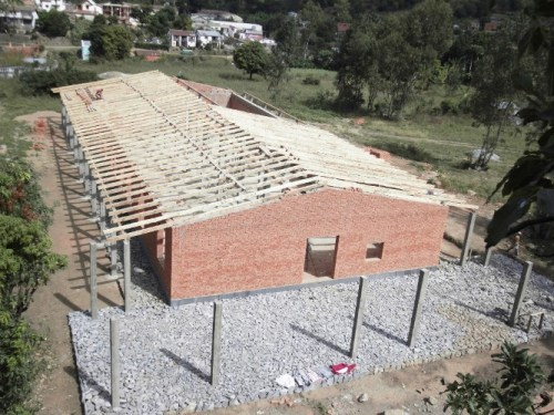 Ospedale Andasibe in costruzione