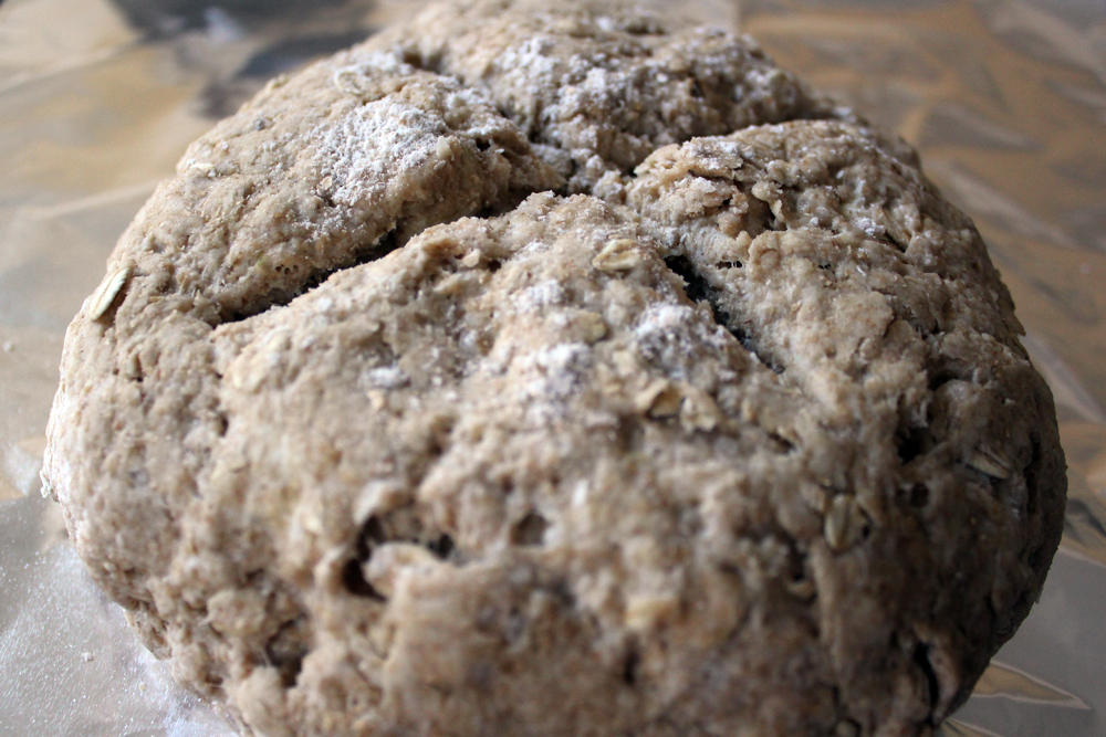 Irish Oatmeal Brown Bread - bites out of life