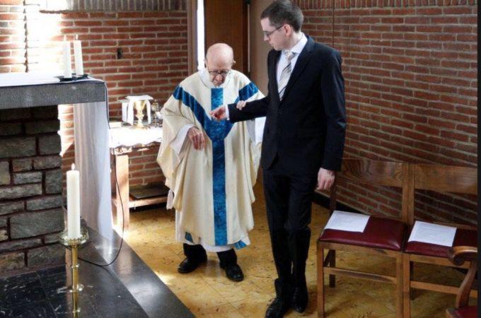 najstariji svećenik na svijetu
