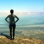 5 Manfaat Kecantikan & Kesehatan Lumpur Laut Mati