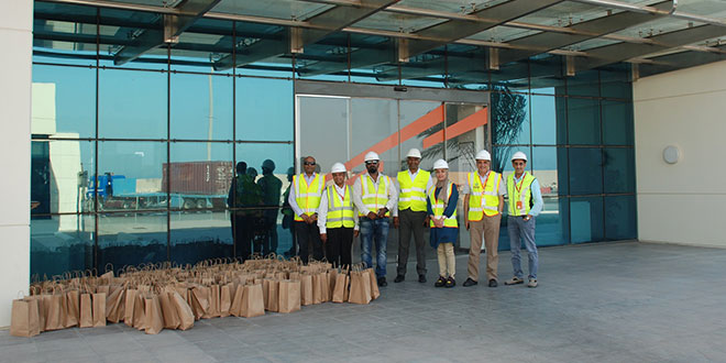 APM Terminals Bahrain distributes Iftar food packages to 600