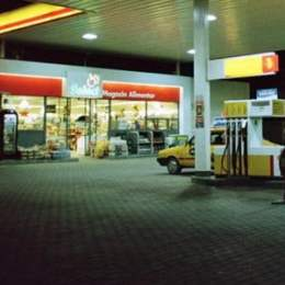 Prețul benzinei a coborât în unele județe sub 5 lei/litru, însă Brașovul ține prețurile sus. Vezi care sunt cele mai ieftine peco-uri din județ