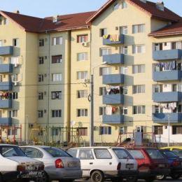Criza a tăiat 41% din valoarea de piaţă a locuinţelor din Braşov