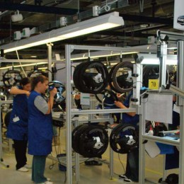 Comenzile noi din industrie au crescut, la Braşov, cu 15%