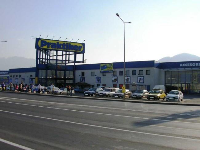 Francezii de la Leroy Merlin au dat cinci milioane de euro pe clădirea Praktiker unde vor deschide al doilea magazin din Brașov