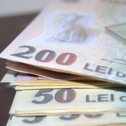 Angajaţii care au de primit restanţe salariale de 14.000 de lei brut pot cere insolvenţa firmei