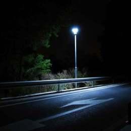 """Cine va """"ilumina inteligent"""" străzile Braşovului"""