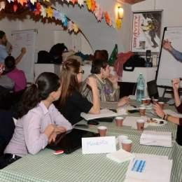 Profesioniştii braşoveni, invitaţi să doneze opt ore cauzelor susţine de ONG-uri
