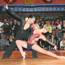Salsa se mută la Braşov pentru patru zile