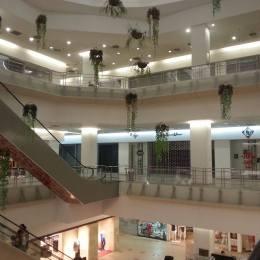 Unirea Shopping Center din Brașov se transformă în spital privat