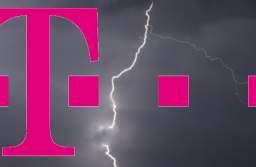 Telekom se gândește să părăsească România, iar clienții săi să fie preluați de alte companii