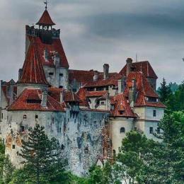 Brașovul, din nou pe lista recomandărilor Lonely Planet. Castelul Bran, Biserica Neagră și restaurantul La Ceaun sunt locurile recomandate