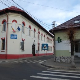 """Colegiul """"Doamna Stanca"""" din Făgăraș și-a amenajat două laboratoare cu banii obținuți la OlimpiadeleK"""