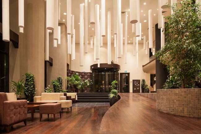 Hotelierii brașoveni, nominalizați la premiile ospitalității românești. Vezi care sunt hotelurile care se luptă la TopHotel Awards