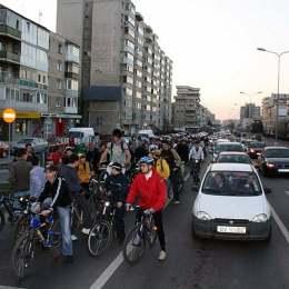 """Vineri se reia """"Masa Critică""""! Traseul este modificat față de anul trecut"""