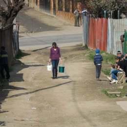 """""""Inventar"""" pe bani europeni al celei mai mari comunități de romi din Europa de Est. Gârciniul ar putea accesa 7 milioane de euro pentru a se civiliza"""