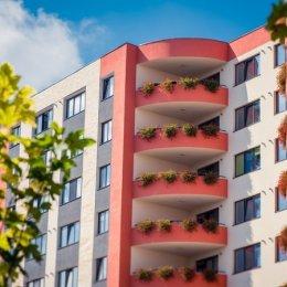 Locuințele noi din Brașov s-au ieftinit în august cu 34 de euro/mp