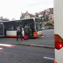 RATBV intensifică frecvența mijloacelor de transport pe liniile spre Ghimbav în acest weekend. Brașovenii vor putea ajunge mai ușor la show-ul aviatic
