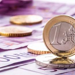Cel mai slab leu din istorie: BNR a fixat un curs de 4,77 lei pentru un euro