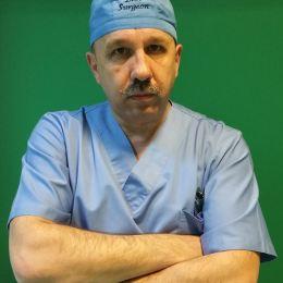 """Dan Grigorescu, pe Facebook: """"o nouă specie de medic: rezidentul ieșit la pensie"""""""
