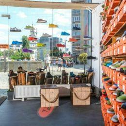 Brașovenii de la S-Karp au deschis un magazine în AFI Cotroceni, cel mai mare mall din București