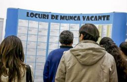 Firmele care angajează șomeri, absolvenți sau persoane cu handicap primesc aproape 500 de euro/lună de la stat