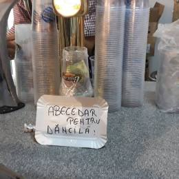 FOTO La Oktoberfest se fac donații pentru trimiterea la școală a Vioricăi Dăncilă. Bonus: O colecție de 40 de gafe ale premierul în funcție