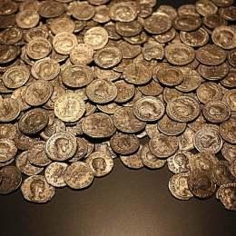 Studiază monedele la Congresul Internaţional de Numismatică, în perioada 11-13 octombrie
