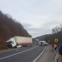 Trafic blocat pe DN 1 la Perșani, după un accident rutier destul de grav