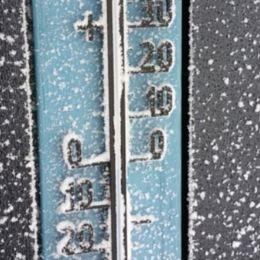 Polul frigului nu se dezminte: Minus 26 de grade la Întorsura Buzăului