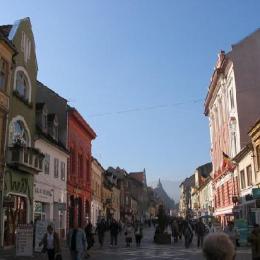 Brașovenii care locuiesc în clădiri de patrimoniu și nu le întrețin vor plăti impozite de cinci ori mai mari