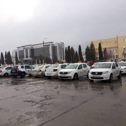 Taximetriștii protestează, mâine, împotriva Uber, Bla Bla Car și Clever Go