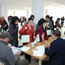766 de brașoveni și-au găsit un loc de muncă prin intermediul AJOFM în primele luni ale acestui an. Aproape jumătate dintre ei au peste 45 de ani