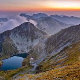 Proprietarii de terenuri se opun înfiinţării Parcului Naţional Făgăraş. Aceștia se tem că parcul va conduce la dispariția satelor din areal