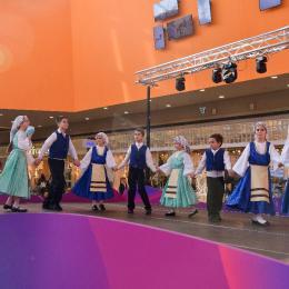 Cursuri de dansuri grecești la Brașov