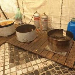Comercianții de la Festivalul Maghiar revindeau resturile de mâncare strânse de pe mesele consumatorilor. CRPC a aplicat amenzi de 20.000 de lei
