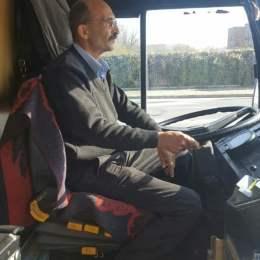 """""""Angajatul lunii"""" RATBV: a returnat peste 4.000 de euro uitați în troleibuz"""