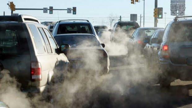 Brașovul, în top 5 orașe europene poluate cu NO2: 495 milioane de euro, costuri pentru probleme de sănătate cauzate de poluarea aerului