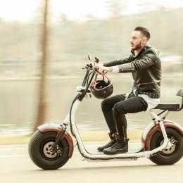 Aplicația Free Now, fosta Clever, ar putea integra și opțiunea de transport cu scuterele electrice